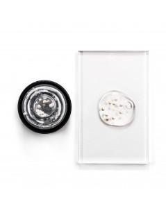 Sublime Peony & White Caviar Illuminating Pearls Serum - 4