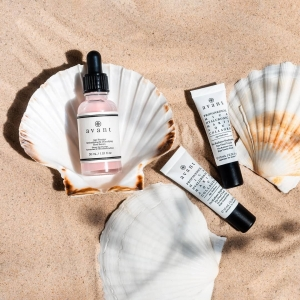 Get glowing✨  Our July products of the month have been specially chosen to help you achieve the ultimate summers glow!  Which Avant products have you tried?
