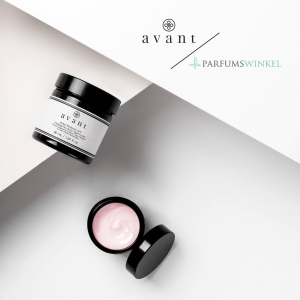 Hello to all our Netherland friends! 🇳🇱  You can now find us over at @parfumswinkel website that is specifically designed to sell different beauty products, we are incredibly delighted to be featured on their site and we are very excited for all our Parfums Winkel's customers to fall in love with our cruelty-free clean beauty products 💗